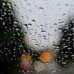 雨の日の車の運転で気をつけたいこと