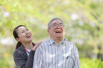 高齢者を守る